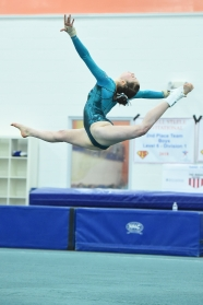 Switch ring leap during floor competition